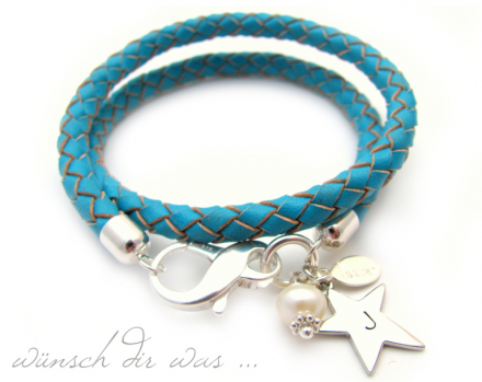 Armband mit Anhänger von Lesvar
