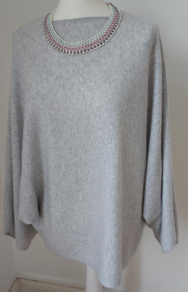 Grauer Cashmere Poncho von Zara