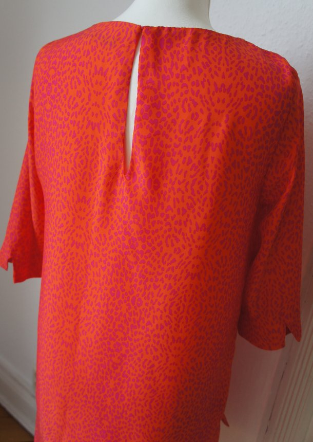 Rot pinkes Cocktailkleid mit Leo Print von Zara