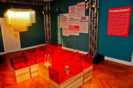 Freakshow im eBay Showhaus in Berlin