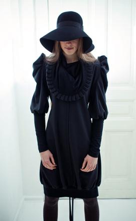 Ausgefallenes Kleid von Artischocki