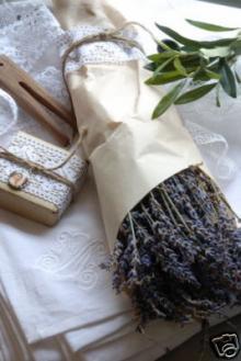 Lavendelbund von Home und Country über eBay