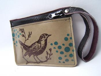 Birdwatching Ledertasche von Holly Hawk